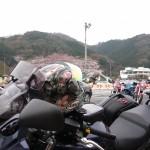 ▲集合場所の大津SA。桜が綺麗でした。