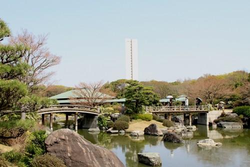 大仙公園内の日本庭園。どことなく中国風だけどね。